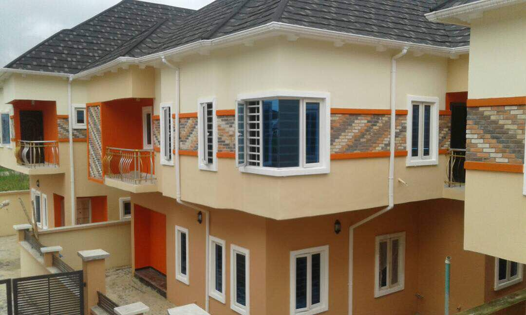 8 Units of fully detached and semi detached duplexes with a 3 Bedroom at Agungi