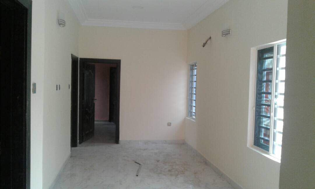 12 Units of (4/5) Bedroom duplexes at Agungi
