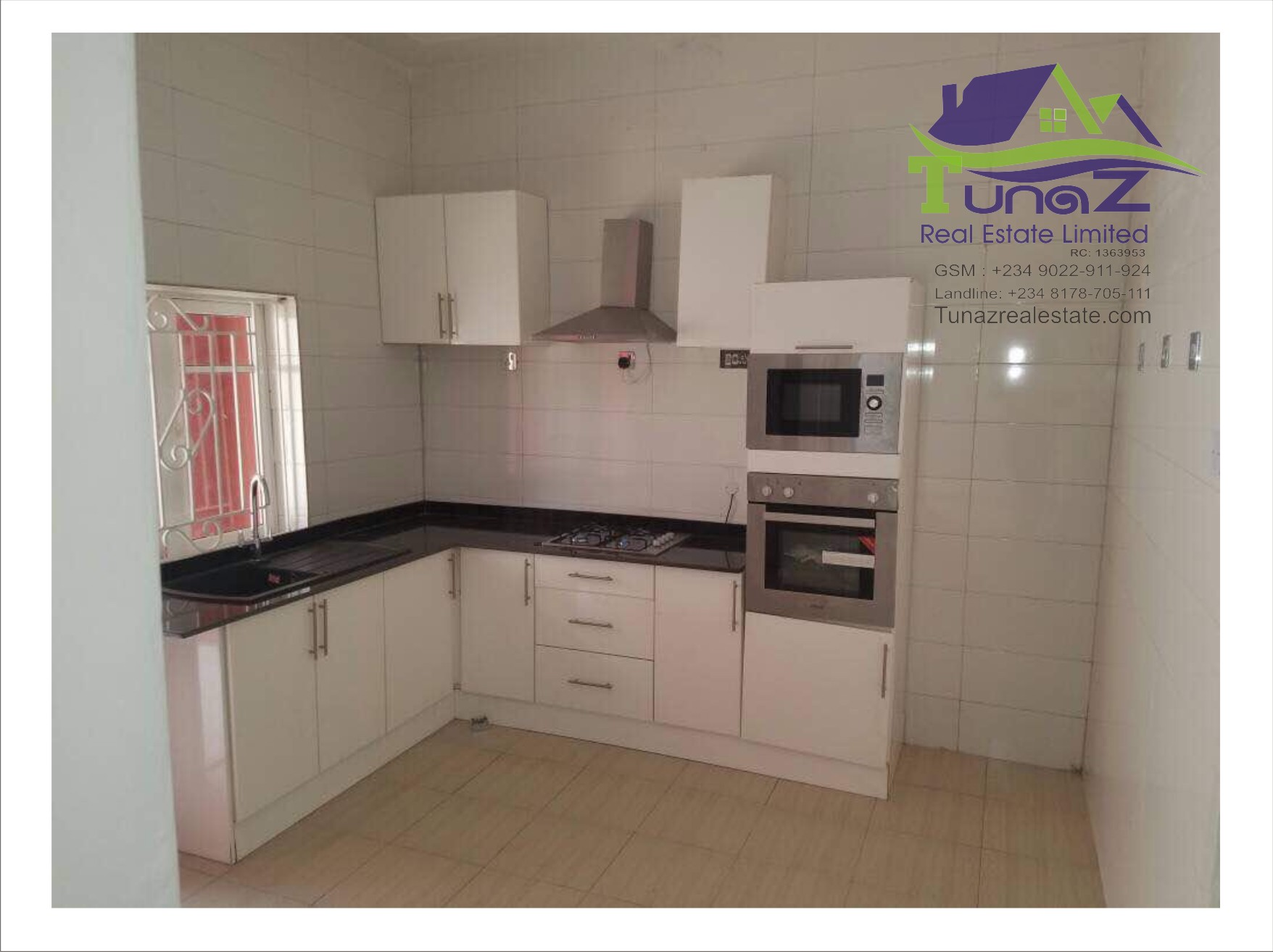 Newly built 5 bedroom detached duplex wth a BQ all ensuit at magodo phase 1 isheri