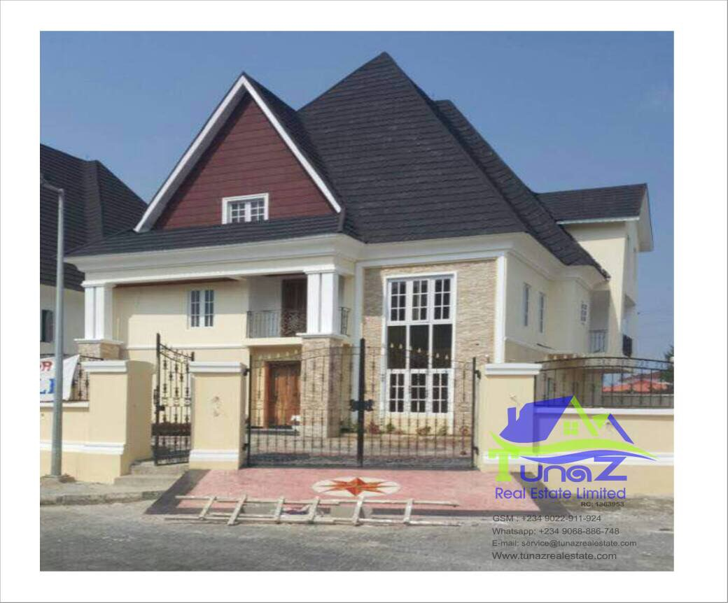 Tastefully Finished 6 Bedroom Duplex With Pent House And BQ For Sale At Banana Island
