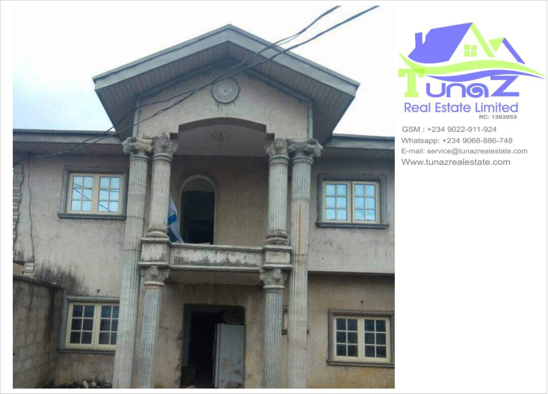 5 Bedroom Semi Detached Duplex With A Room BQ In Gbagada Lagos For Sale