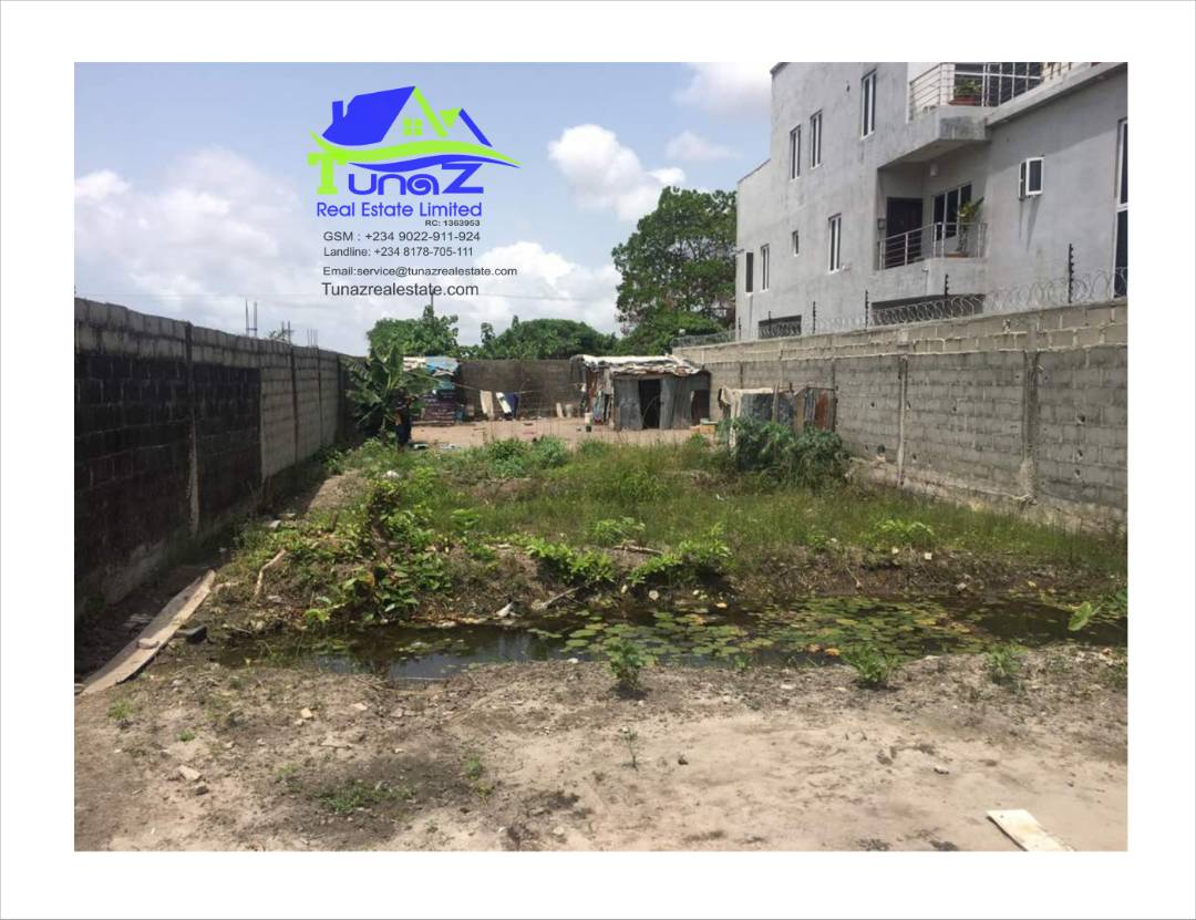 Measuring Approximately 400.00 Square Metres Land For Sale